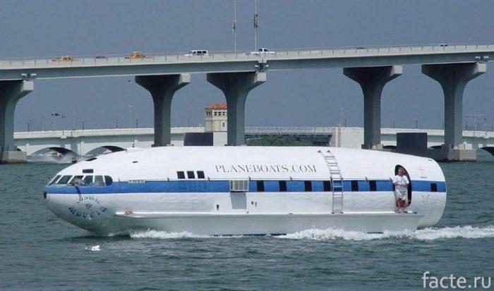 Лодка из самолета