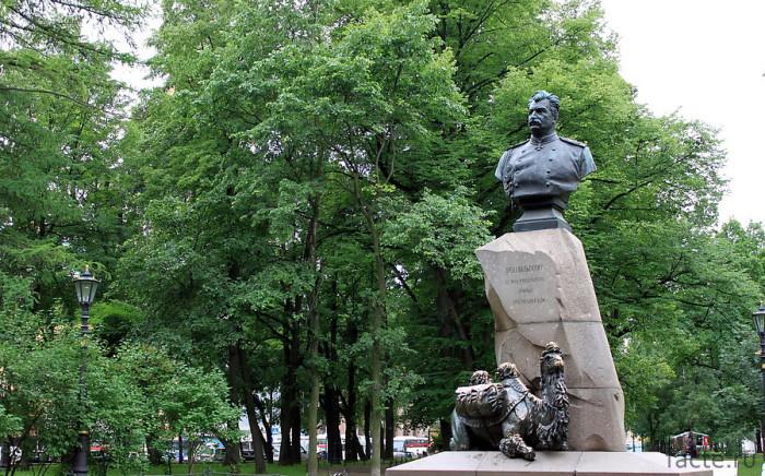 Памятник Пржевальскому