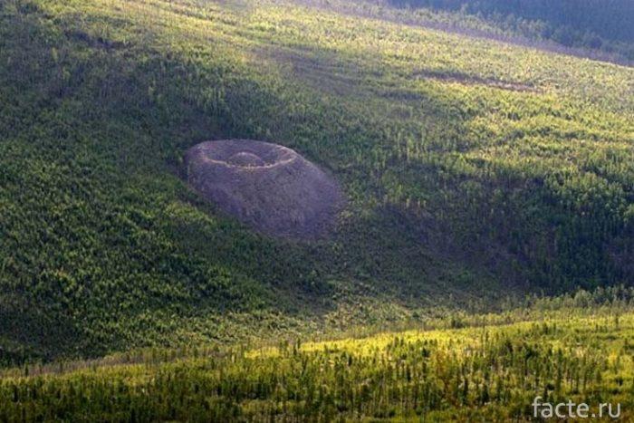 Аномальный кратер
