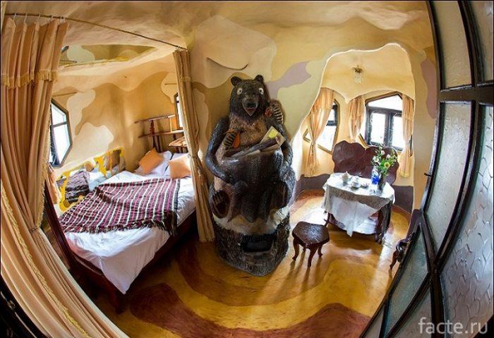 Crazy House Hotel 6