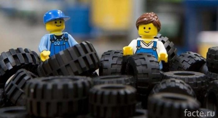 шины от Лего