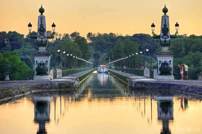 Бриарский-водный-мост