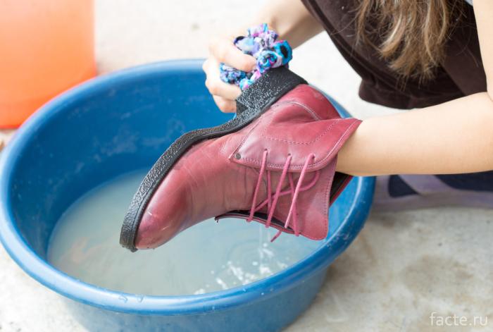 Мытье подошвы