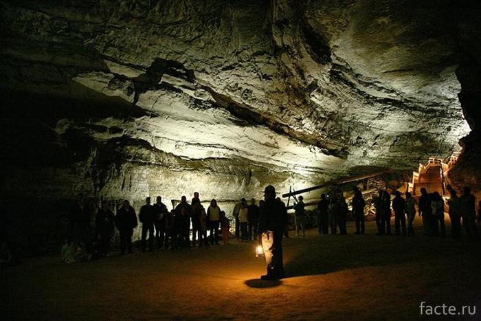 Мамонтова-пещера