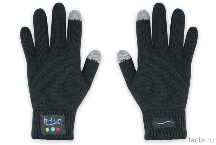 Перчатки вместо смартфона