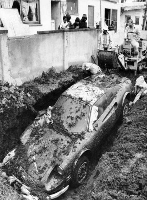 Ferrari Dino 246 GTS 3