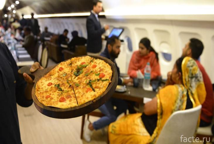 Ресторан-самолет 5