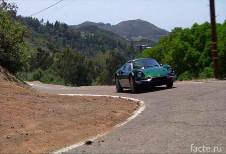 Ferrari Dino 246 GTS 6