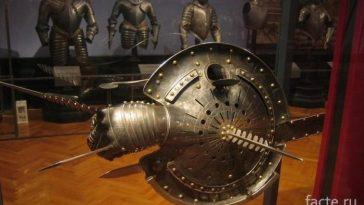 щит с мечом