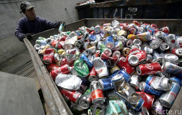 алюминиевые банки мусор