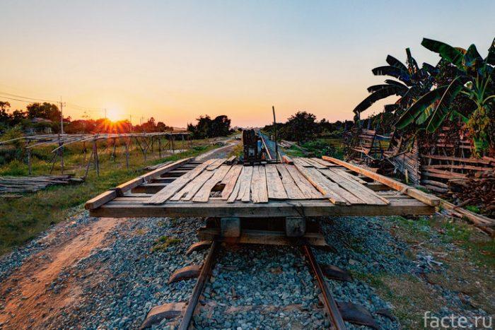 поезд камбоджа