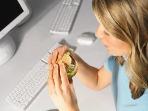 3r 300x225 Рацион трудоголика: как питаться на работе