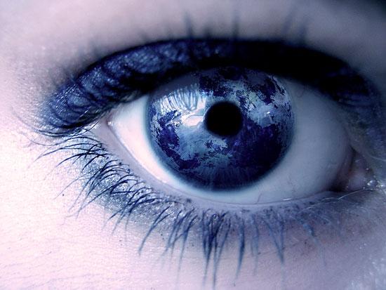 eye Человеческий глаз видит предметы в перевернутом виде