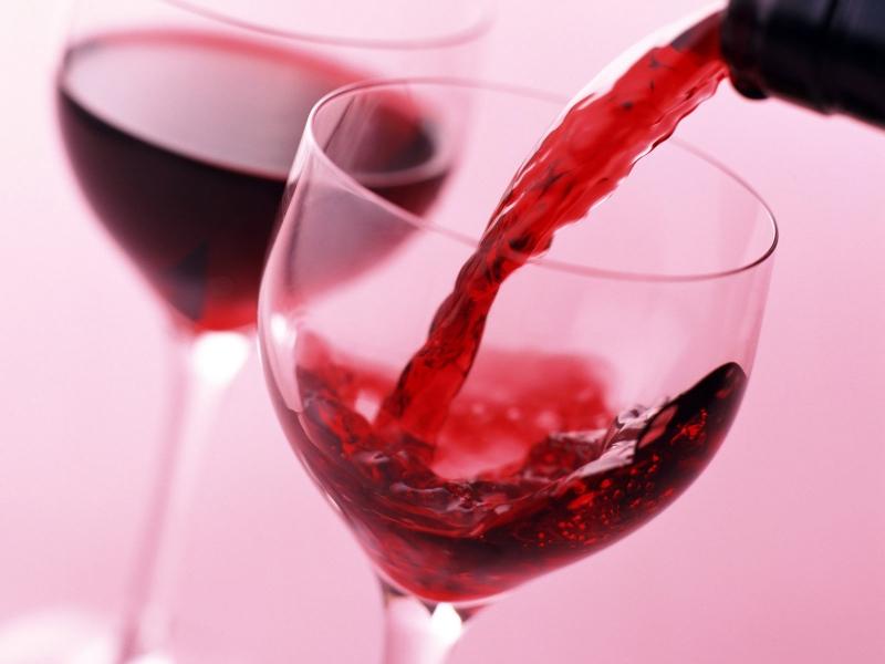 Вино гораздо полезнее для сердца, нежели водка