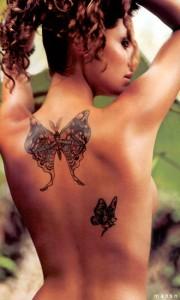 anapaula1x 180x300 10 интересных фактов о татуировках