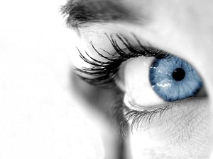eye 300x225 30 фактов про глаза и зрение