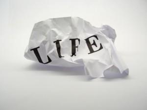 life 300x225 Сколько стоит человеческая жизнь?