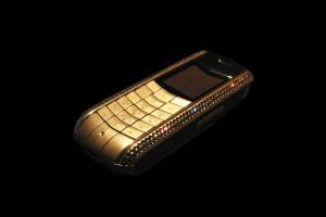 Vertu 300x200 9 фактов о мобильном телефоне