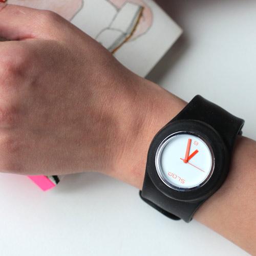Почему когда человек умирает останавливаются часы наручные