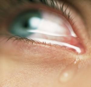 Как сдержать плач?