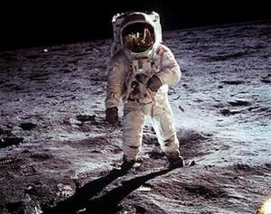 Зачем NASA окрашивает космические фото в неестественные цвета?