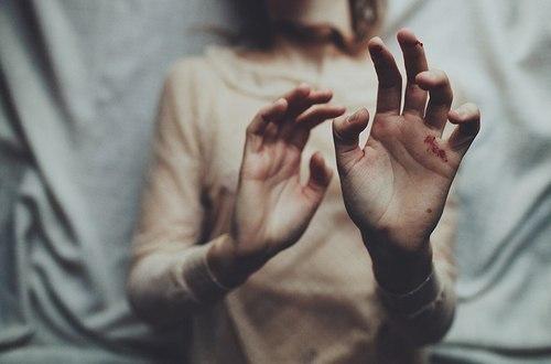«Ловушки» сознания, которые не позволяют нам мыслить рационально