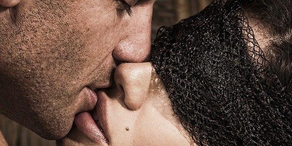 10 причин целоваться
