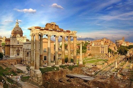 В Древнем Риме проститутки обязаны были красить волосы в светлый или рыжий цвет