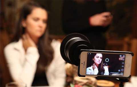 использовать камеру из мобильника: