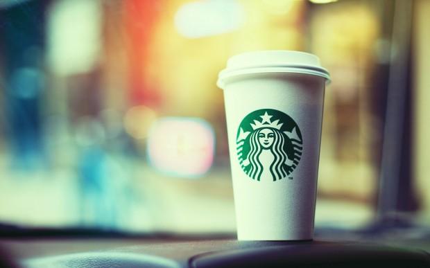 Бумажные стаканчики из «Starbucks» невозможно переработать