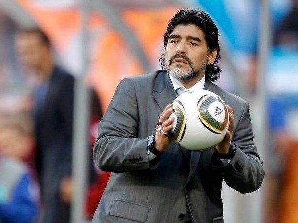 Великий футболист — Диего Марадона