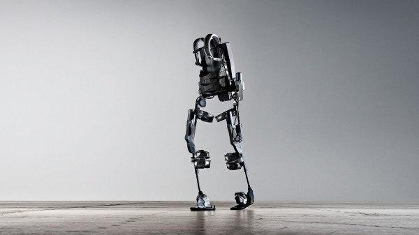 Экзоскелет Ekso возвращает парализованных к жизни