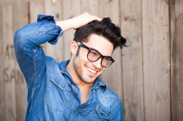 Мужчинам следует мыть волосы не чаще трёх раз в неделю