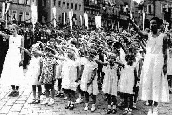 Нацистские детские фабрики