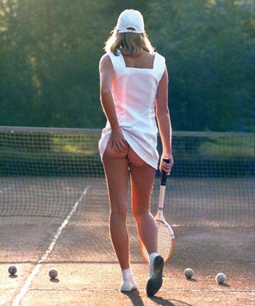 «Теннисистка» — одна из самых продаваемых фотографий в истории. Англия, 1976 год.